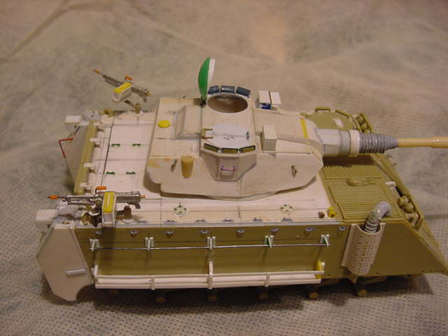 kit_veh_pictures/m113_07b.jpg